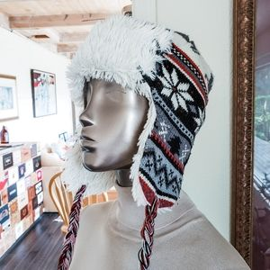 Muk Luks Trapper Style Hat
